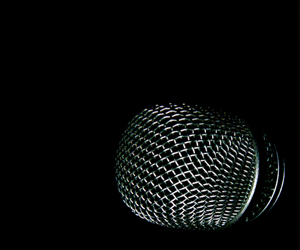 mic thumb